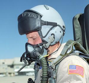 F 18 Helmet a flight test in a FA-18