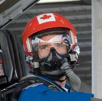 nasa pilot helmet - photo #41