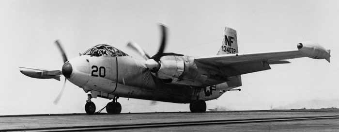 3b5c3cc501c The H-5 flight helmet was used during the middle of 50s by US Navy on  several type of aircrafts like the medium bomber AJ-2 Savage