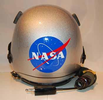 nasa pilot helmet - photo #34